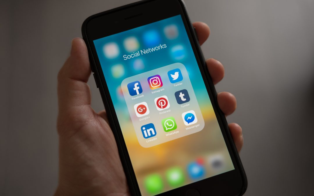 How to edit your social media feed for positive mental health